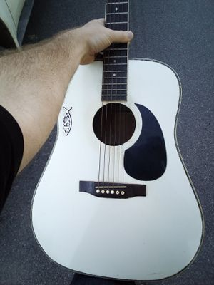 Acoustic guitar for Sale in Lancaster, OH