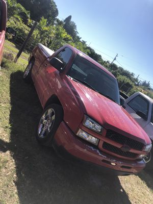 Chevy Silverado 2006 for Sale in Goulds, FL