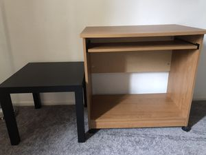 Free desk and end table! for Sale in Washington Township, NJ