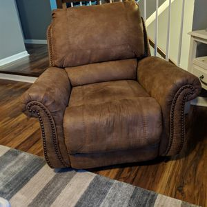 Loveseat & 2 Recliners for Sale in Gambrills, MD
