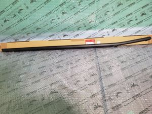 2017 to 2019 Honda Clarity electric OEM Part # 72410 TRT A01 Front Right Window belt molding for Sale in Gurnee, IL