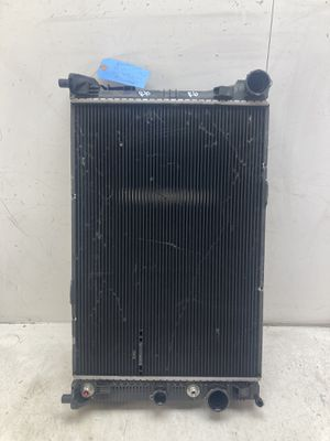 For 2012 2013 2014 Mercedes Benz e class e350 e300 e400 radiator for Sale in Pomona, CA
