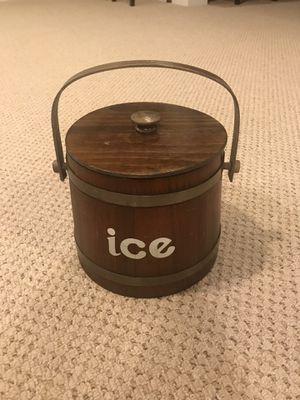 Vintage Basketville Putney Vermont Ice Bucket for Sale in Westfield, IN