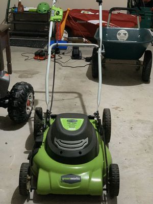condition: new condition: like new Green Works Electric lawn mower- 20 inch 12 amp for Sale in Pearland, TX