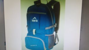 Venture Pal Lightweight Packable Backpack, Travel, Hiking, Teal Green, NEW for Sale in Goodyear, AZ