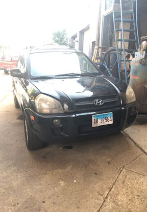 2007 HYUNDAI TUCSON Limited for parts for Sale in Chicago, IL