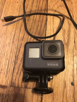 Gopro hero 5 for Sale in Chicago, IL
