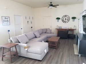 Macy's Sectional Couch (like new) for Sale in Fresno, CA