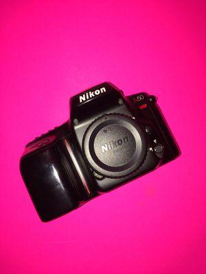 Nikon n50 body for Sale in Hialeah, FL