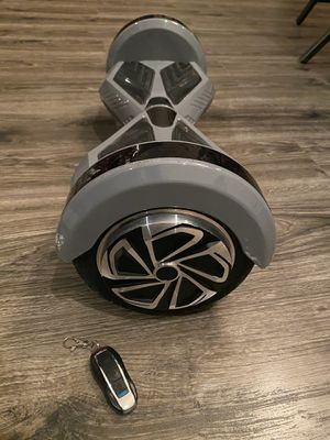 Hoverboard with blue tooth speakers for Sale in VLG WELLINGTN, FL