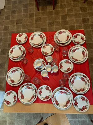Christmas Dishes for Sale in Hilliard, OH