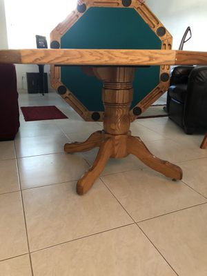 HONEY OAK 3 IN 1 POKER/ GAME TABLE for Sale in Fort Lauderdale, FL
