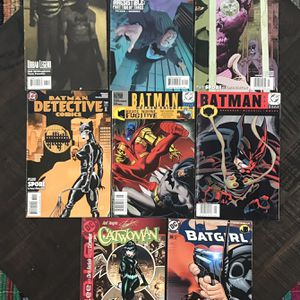 8 DC Comics Batman Batgirl Catwoman Dark Knight $10 For All for Sale in Port St. Lucie, FL