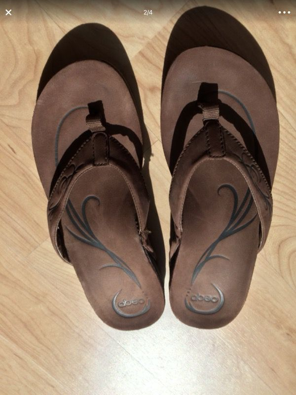 59e87dba742 Size 9 women s Abeo sandals from the Walking Company for Sale in ...
