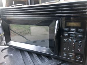 GE Spacemaker Microwave Oven for Sale in Modesto, CA