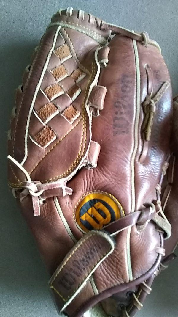 Baseball glove, wilson mitt