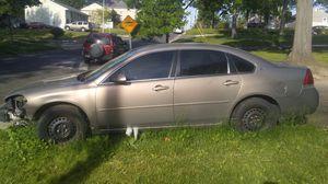 2006 Chevrolet impala LT (2006 Chevy) for Sale in Glenarden, MD