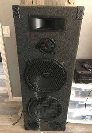 "2 Pro Studio dual 15"" tower speakers model ps230 for Sale in Phoenix, AZ"