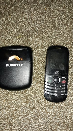 Phone and battery charger for Sale in Quincy, IL