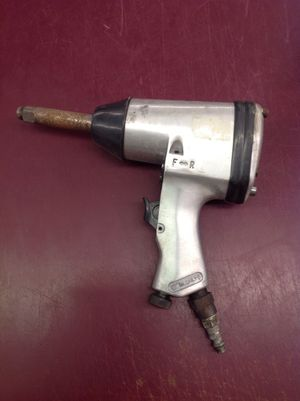 """1/2"""" air impact wrench long shaft - price is firm for Sale in Columbus, OH"""