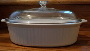 Corning Ware French White 4L Oval Casserole with Pyrex Lid for Sale in Oak Lawn, IL