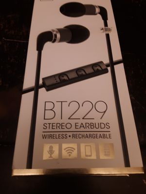 Wireless bluetooth headphones for Sale in Lexington, KY