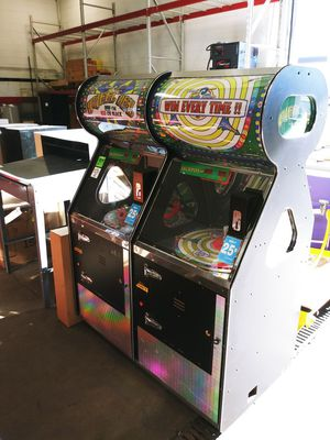 Benchmark arcade game WHEEL OR DEAL priced to sell OBO+0LL+0L for Sale in Seattle, WA