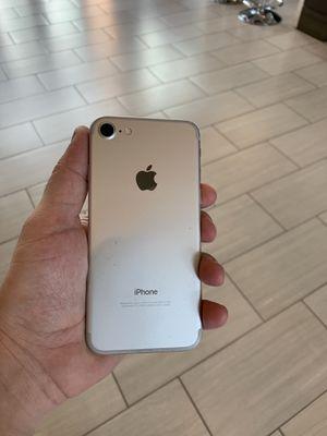 iPhone 7 128 GB unlocked for Sale in Fairfax, VA