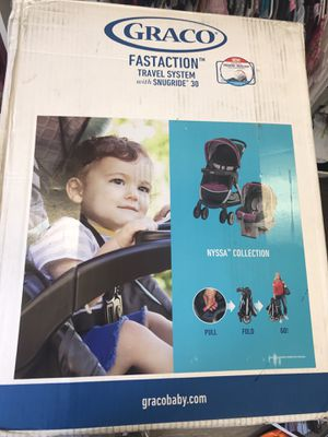Graco fastaction stroller and infant car seat for Sale in Miami Beach, FL