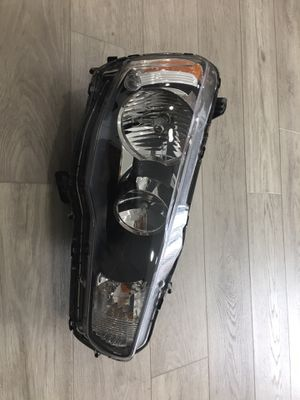 2008-2017 Mitsubish lancer front right headlight OEM for Sale in Battle Ground, WA