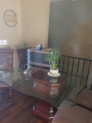 Kitchen table for Sale in Aurora, CO