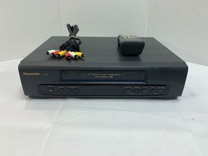 Panasonic PV-7450 Omnivision VHS HiFi Stereo Recorder VCR Player w/ Remote Works for Sale in Pelham, NH