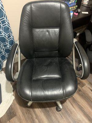 Rolling office chair for Sale in Starke, FL