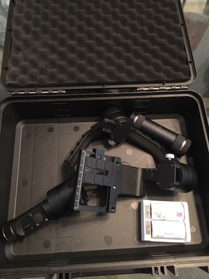 Zhiyun Crane 3-Axis gimbal for DSLRs for Sale in Chesapeake, VA