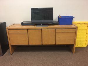 Office furniture for Sale in Woodridge, IL