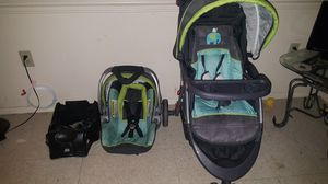 Infant car seat stroller and base for Sale in Rocky Mount, NC