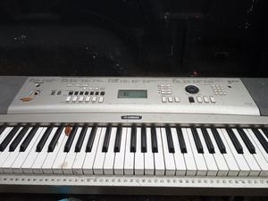 Amp and electric piano for Sale in Port Acres, TX