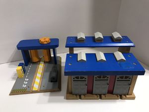 Thomas and friends car wash and train depot / garage rare for Sale in Spring Hill, FL