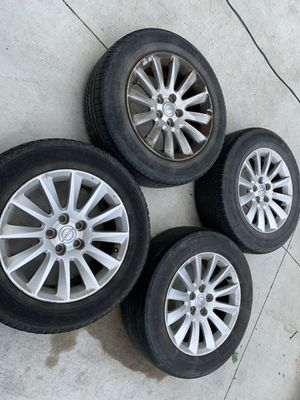 Chrysler 300 Stock Rims and Tires for Sale in Dallas, TX