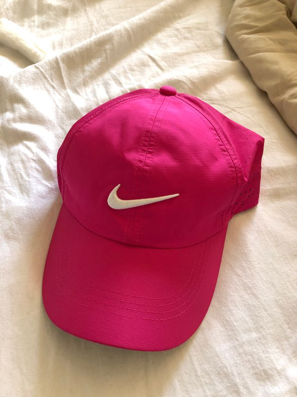 Hot pink women's Nike hat, adjustable