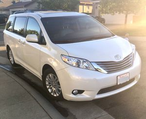 2017 Toyota Sienna XLE - PREMIUM - One Owner for Sale in Rancho Cordova, CA