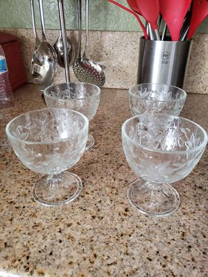 Princess House Fantasia Fruit Cups (4) - DISPLAYED IN CHINA CABINET for Sale in Rialto, CA