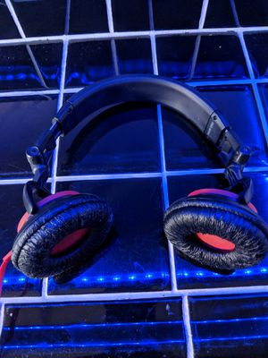 Sony MDR-V55 DJ headphones for Sale in Denver, CO