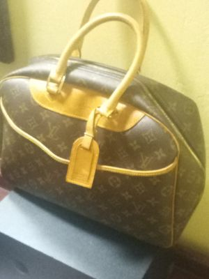 Louis Vuitton bag for Sale in Richland Hills, TX
