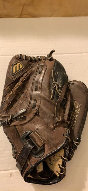 Mizuno 11.5 inches Baseball Softball Glove Max Flex Power Close MPR 115P Prospect series for Sale in Pittsburgh, PA