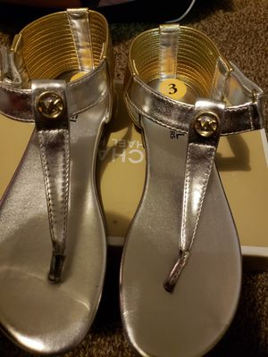 Michael Kors Sandals for Sale in Cleveland, OH