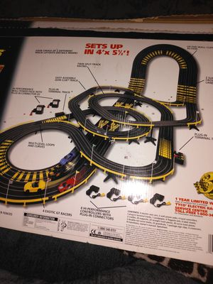 Tyco cliff hangers slot car raceing set for Sale in Warwick, RI