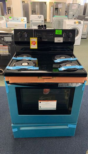BRAND NEW!! FRIGIDAIRE FFEF3016VS ELECTRIC STOVE M 6 for Sale in West Hollywood, CA