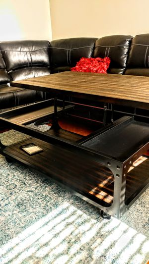 Glastonbury Lift Top coffee table for Sale in Anaheim, CA