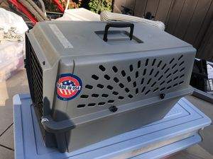 Pet carrier for small dog or cat for Sale in San Marino, CA